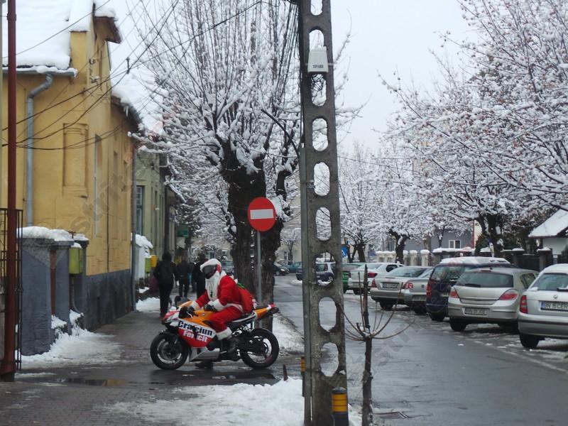 Rostul de dimineaţă:  Mulţi au motocicletă în Bistriţa… Dar una singură e legendară!