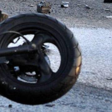 A făcut accident în timp ce conducea fără permis un moped neînmatriculat și s-a ales cu dosar penal