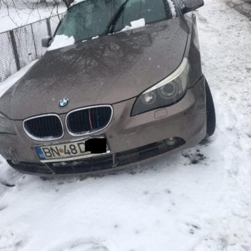 FOTO/VIDEO: Băut fiind, a lovit mașina din fața sa, iar apoi a ajuns în șanț!