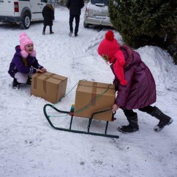 Bucuria din cutie pentru 4.500 de copii din Basarabia