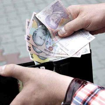 """VIDEO – Scandal pe salarii în Primăria Bistrița. Ce """"ghidușie"""" a găsit primarul pentru a nu crește veniturile angajaților"""