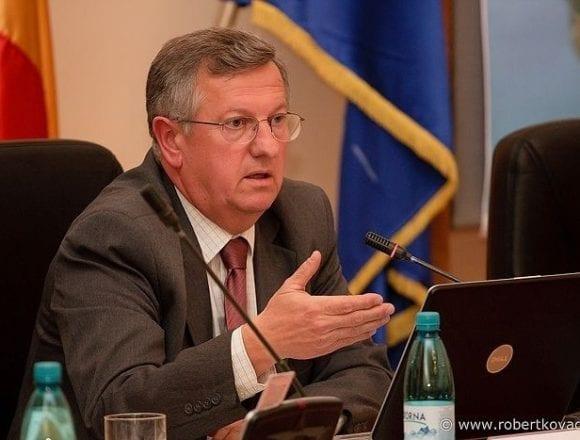 ALEGERI 2019. Ovidiu Crețu: De ce nu pot vota Klaus Johannis