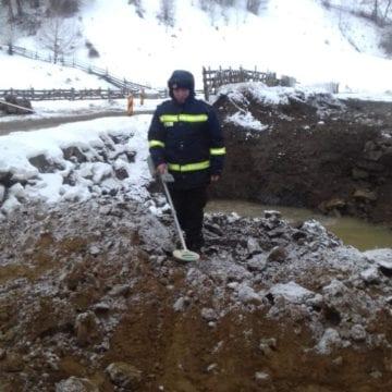 FOTO: Distrugerea unui pod din Lunca Ilvei, îngreunată de muniție neexplodată din al Doilea Război Mondial