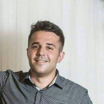 Cum i-a dat șansa la viață unui tânăr avocat din Bistrița-Năsăud, stabilit în Spania, un anunț pe Facebook