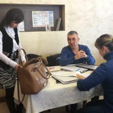 """VIDEO – Restaurantul Ardealul, luat la puricat de DSP și DSV. Patronul localului """"Este revoltător!"""""""