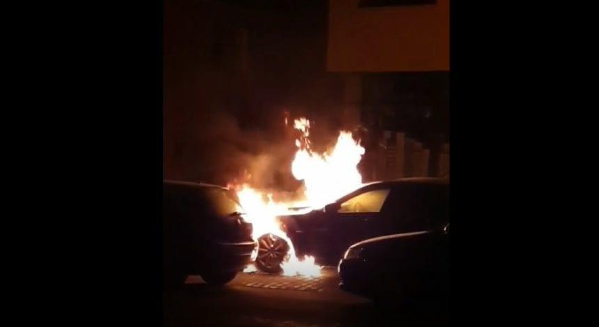 Reținut, după ce a incendiat un autoturism și o casă de locuit