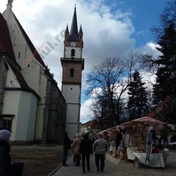 FOTO:  Mărțișoare UNICAT și cadouri speciale pentru 8 Martie, în centrul Bistriței!