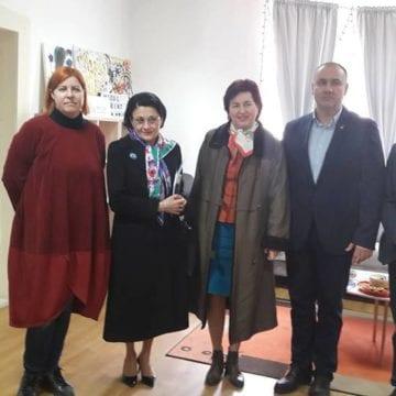 Ministrul Educației, în vizită la Centrul de Resurse și Referință în Autism Micul Prinț Bistrița