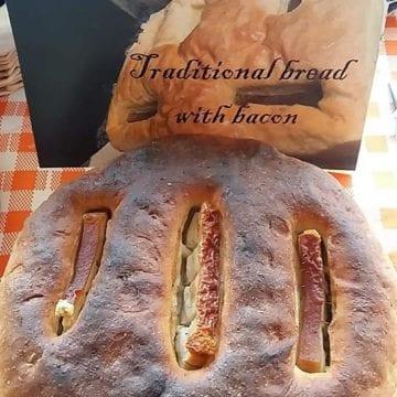 """Turiștii din întreaga țară, """"îmbiați"""" să vină în Bistrița-Năsăud cu pâine împletită de pe Bârgău"""