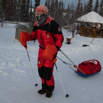 Tibi Ușeriu, în primii 10 concurenți ai cursei arctice. Cum ajută sportivul la finanțarea Via Transilvanica din Canada