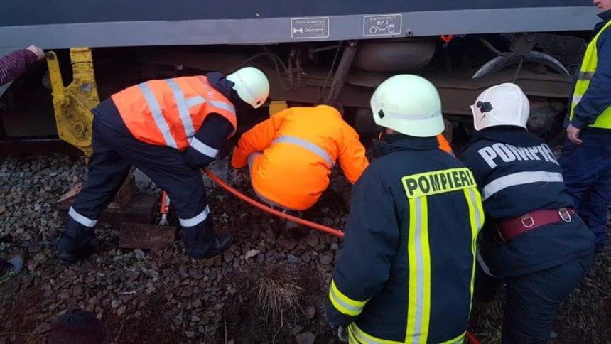 INCREDIBIL! În urma incidentului de la Domnești s-a reluat circulația de aseară, dar abia azi a fost reparata calea ferată