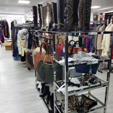 FOTO: Se deschide MODELZO, un outlet exclusivist care aduce la Bistrița colecții semnate Casadei, Balmain, Dolce Gabbana sau Valentino! Numai pentru pretențioși!