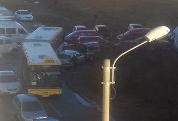 FOTO: INFERNUL din Subcetate! La orele de vârf, stațiile de autobuz poziționate aiurea paralizează traficul