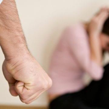 Și-a amenințat soția, iar la câteva ore distanță a încălcat ordinul de protecție