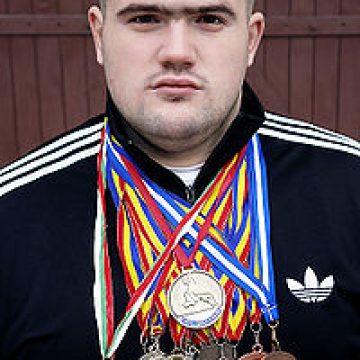 Ghiță Ignat alias Ursul Carpatin, fost luptător MMA și multiplu campion, duminică, la Bistrița
