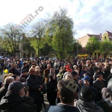 Sute de credincioși, invitați la marș pe străzile din Bistrița, de Florii