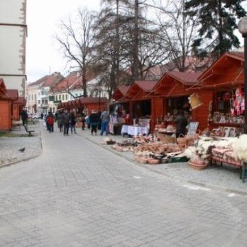 Noutăți și surprize, la piața locală de sâmbătă! A început și Târgul de Paști al sașilor