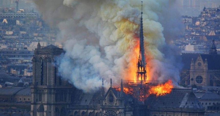 Notre Dame: Prăbușirea istoriei sub ochii lumii întregi. Cum văd bistrițenii legați de Franța această tragedie