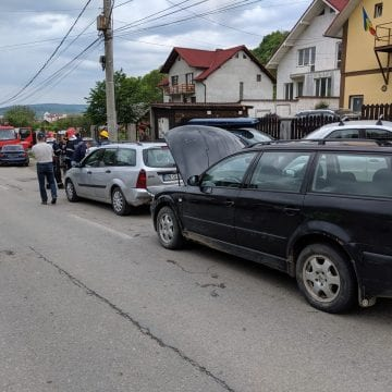 FOTO: Accident în lanț pe Dealul Jelnei