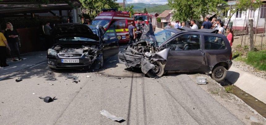 FOTO – Accident în Nimigea de Jos: O gravidă și o adolescentă au ajuns la spital