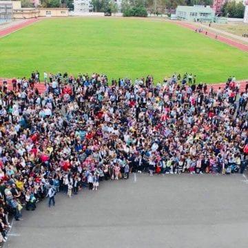 """O veste grozavă pentru 1670 de copii din Bistrița: """" Am găsit soluția!"""""""