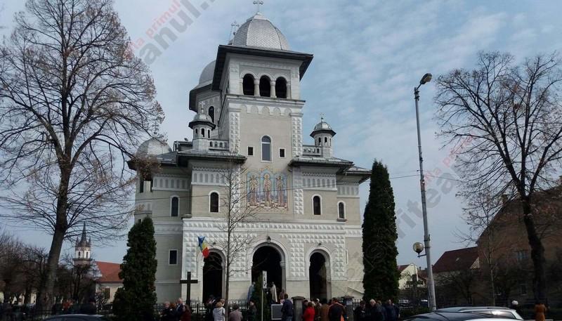 Duminica de Rusalii: Astăzi se pogoară Duhul Sfânt peste noi. Tradiţii în Bistriţa-Năsăud