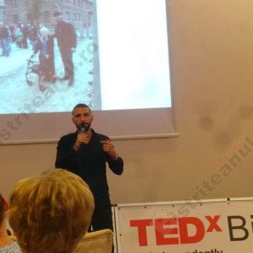 """VIDEO. Ștefan Mandachi, la Bistrița: """"Nu e nevoie să îți ierți călăul, ca să fii un erou. E suficient să faci un pas"""""""