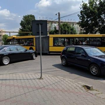 FOTO/VIDEO: Haosul necesar??? Asfaltările concomitente dau traficul din oraș peste cap!