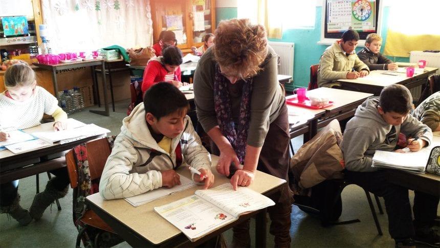 Niciun copil fără școală! VEZI ce planuri are Primăria Bistrița pentru romi