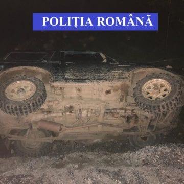 INCONȘTIENȚĂ: A gonit cu poliția pe urme și s-a răsturnat! Polițiștii îl vor în arest!
