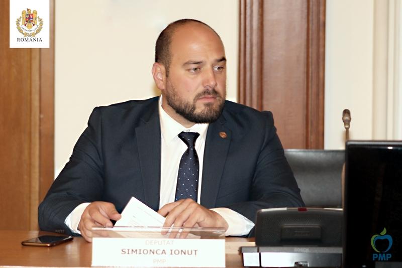 Deputatul PMP Ionuț Simionca cere partidelor de centru-dreapta din județ să se unească împotriva cartelului politic constituit în jurul PSD