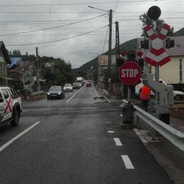 ATENȚIE! Semnalele acustice și luminoase de la calea ferată din Năsăud se opresc!