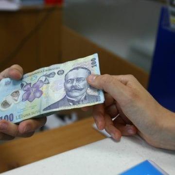 CORONAVIRUS: Băncile încep să reacționeze și suspendă o lună plata ratelor pentru populație