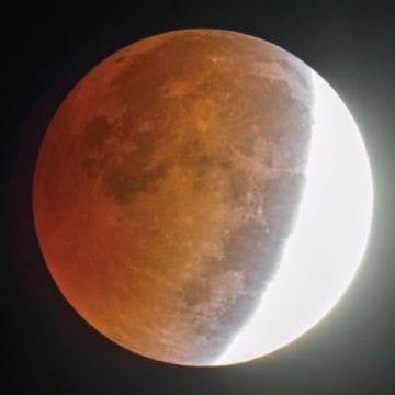 ECLIPSĂ parțială de Lună, la noapte! Se va vedea întreg fenomenul, dacă e senin!
