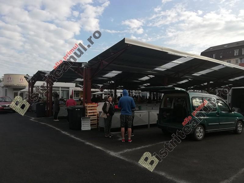 FOTO – S-a deschis piața de legume din Decebal: E foarte frumos! Nici nu ne bate vântul!