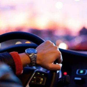 FOTO: Și-a-ncredințat mașina pe mâna unui prieten rupt de beat!