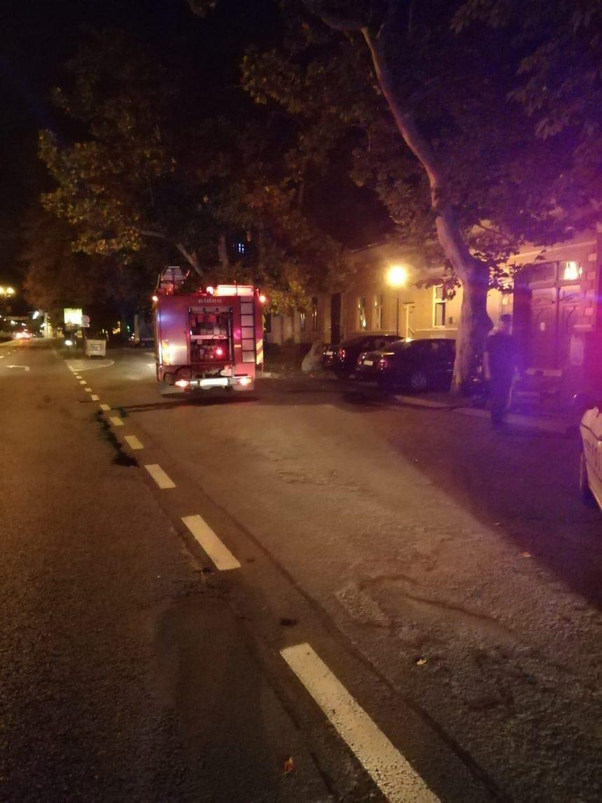 Doi copii evacuați din calea unui incendiu izbucnit la o casă din Bistrița