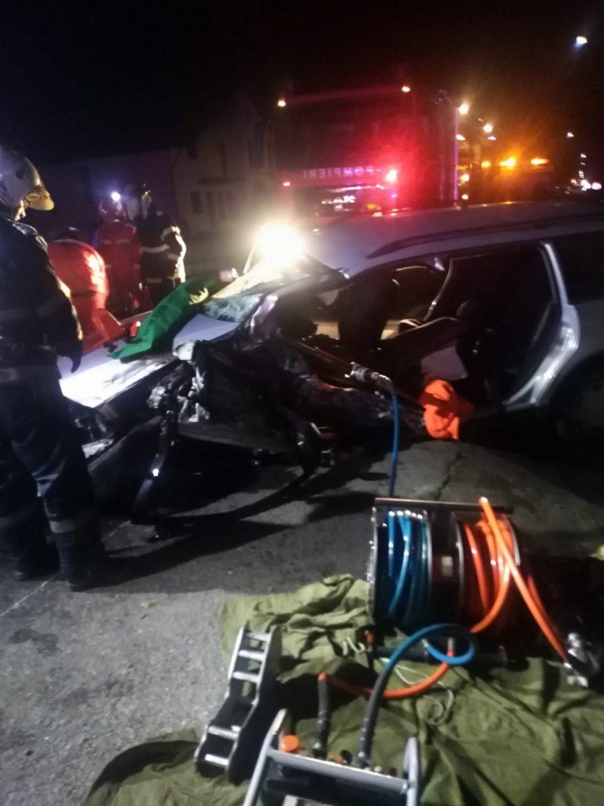 FOTO: Accident rutier la Tiha Bârgăului. O victimă se zbate între viață și moarte