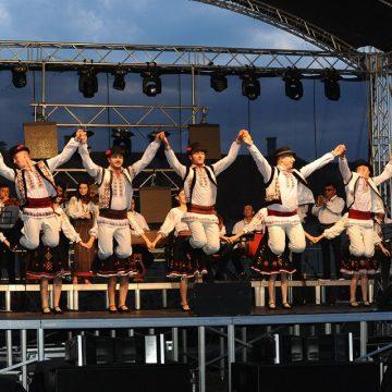 TÂRG de meşteri populari, azi, la Prundu Bârgăului