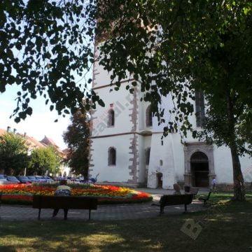 VIDEO:  Târgul Mare al Bistriţei – deschis oficial! Mesaj din Parlamentul României