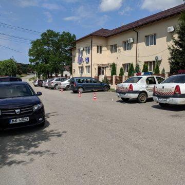 FOTO/VIDEO: Mașini ale poliției și Primăriei din Budac, vandalizate!