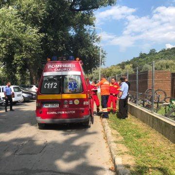 FOTO/VIDEO: ȘOC! Bărbat găsit pe fundul bazinului la Codrișor