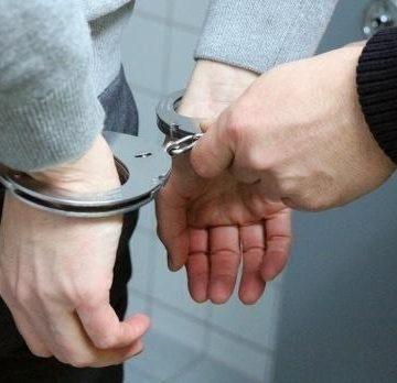 Captură impresionantă de infractori! CINE sunt cei cărora poliția le-a venit de hac, ieri: