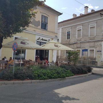 Restaurantele L'Aroma și Casa Someșană îți aduc delicatesele direct la birou sau oriunde te-ai afla!
