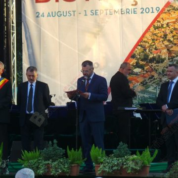 VIDEO: Gavrilaș Mureșan și Dorel Cosma sunt de astăzi cetățeni de onoare!