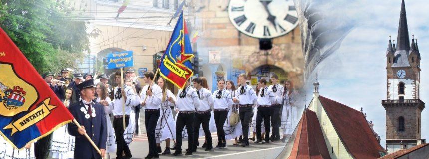 Oaspeţi de seamă! Peste 1500 de saşi din Austria, Germania, Elveţia sau Africa de Sud, sărbătoresc la Bistriţa