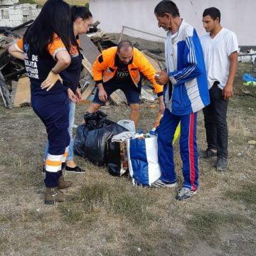 FOTO – Din inimi de salvatori: Ajutoare duse familiei din Măgheruș, de voluntarii de la Ambulanță