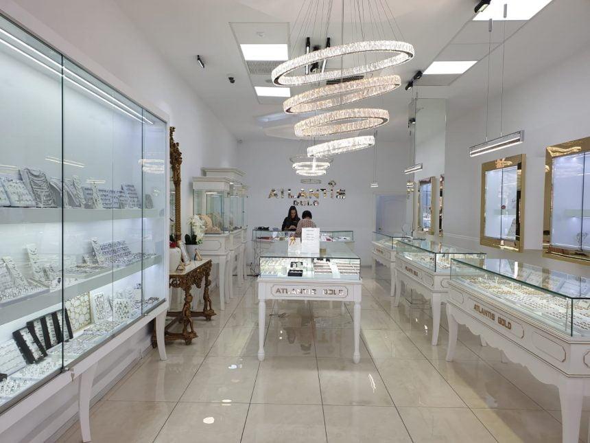 FOTO/VIDEO: Ai bijuterii vechi, din aur, pe care nu le mai porți? Schimbă-le cu bijuterii la modă, la Atlantis Gold!