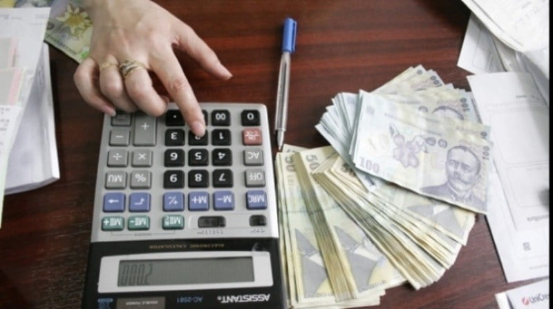 Pensii speciale, mai puțin speciale prin impozitare. VEZI câți bistrițeni vor rămâne fără pensiile babane