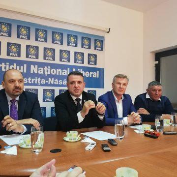 Liberalii sar la gâtul lui Radu Moldovan: Ce ai, domnule, cu oamenii din comunele conduse de primari PNL??